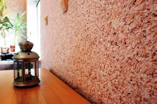 Использование жидких обоев в современном интерьере квартиры